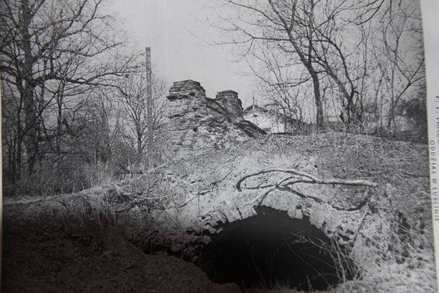 1980 (2)